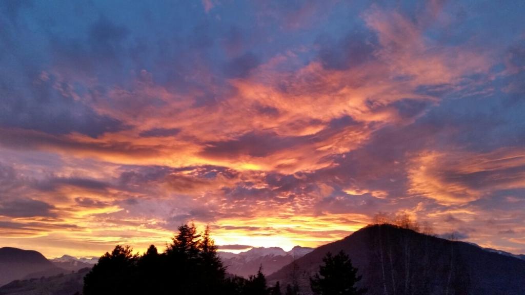 Photos m t o sur grenoble le premier site m t o pour - A quelle heure le soleil se couche aujourd hui ...